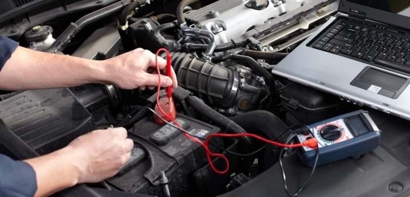 обслуживание аккумулятора автомобиля перед зимой